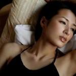 吉瀬美智子がスイング姿を公開